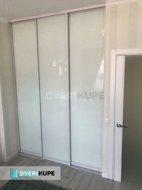 Двери купе белые на заказ Киев
